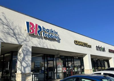 Baskin Robbins, an ice cream parlor in the Rufe Snow Village shopping center in North Richland Hills TX