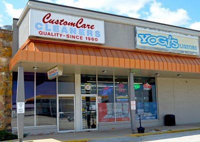 Yogi's Liquors, a liquor store in the Field Shopping Center in Morton IL