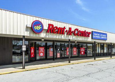 Fostoria Plaza shopping center in Fostoria Ohio tenant Rent-A-Center