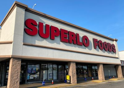 Hickory Commons shopping center's anchor tenant Superlo Foods in Memphis TN