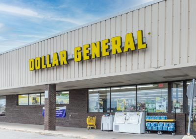 Cheboygan Plaza shopping center anchor tenant Dollar General in Cheboygan Michigan