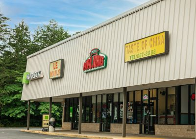 Taste of China & Papa John's Pizza, two restaurants in the Centerview Plaza shopping center in China Grove, NC